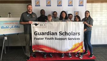 foster youth services group picture